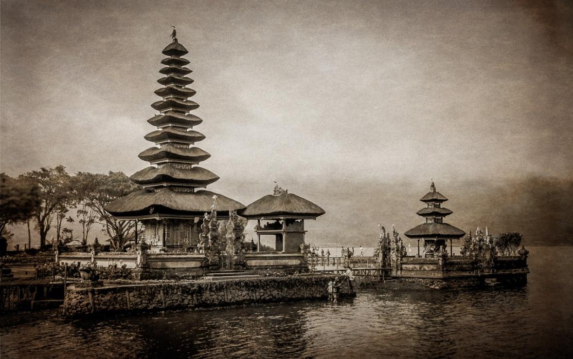 Pura Ulun Danu Bratan, Bali Indonesia